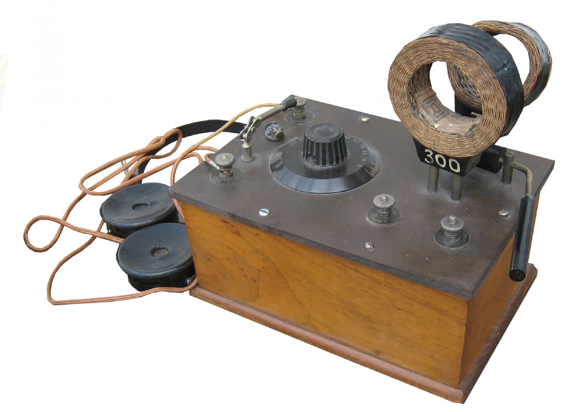Les débuts de la radio, les postes avant 1930