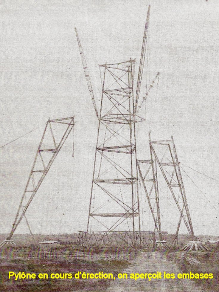 Pylone en cours de montage
